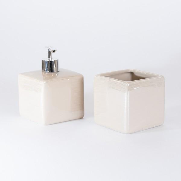 Set accessori bagno cube due pezzi in ceramica beige con dispenser e portaspazzolini
